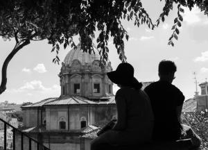 Rom - Paar im Schatten